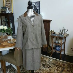 Harvest Benard 100% WOOL Blazer/Skirt Set Size 14